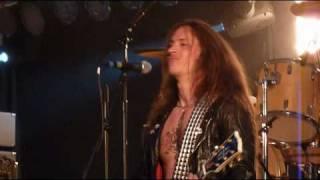 Bullet - Turn it up Loud (live 2010 HQ)