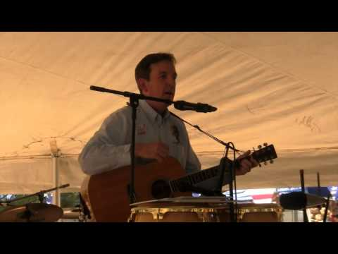 Arizona Secretary of State Ken Bennett Visits Mohave County and Sings