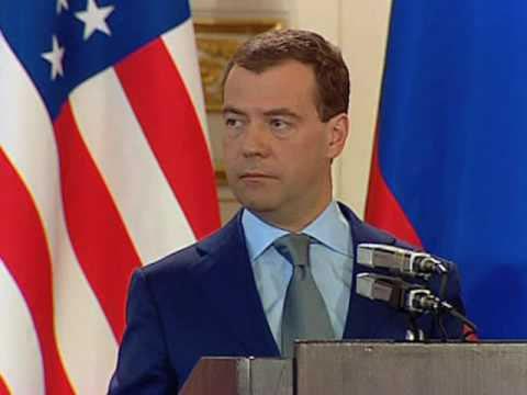 Obama, Medvedev Sign Nuclear Reduction Treaty
