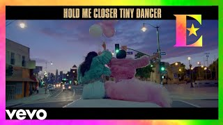 Elton John - Tiny Dancer (Official Lyric Video)