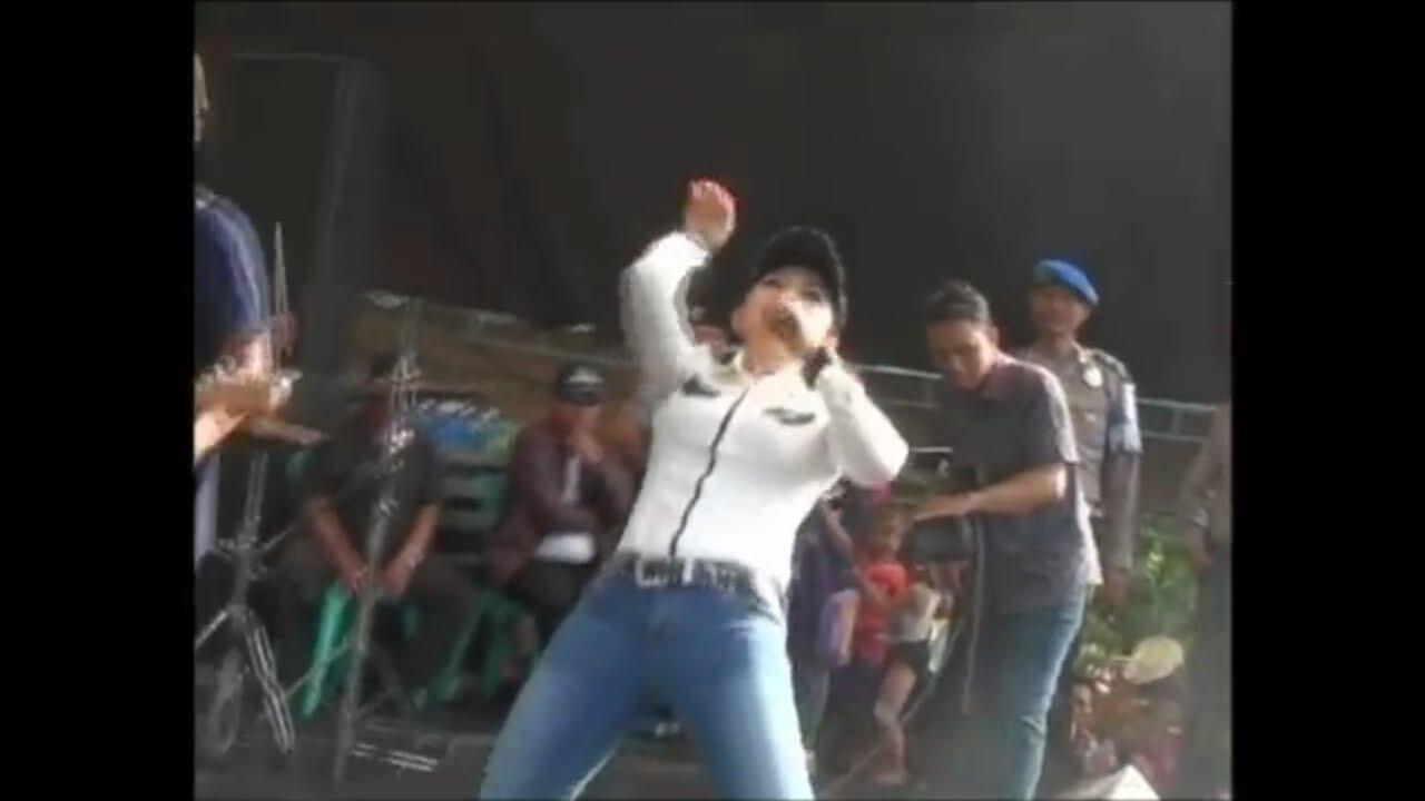 Ratna Antika ~ GOYANG WALANG KEKEK Monata Live in PANGESTU Undaan ...