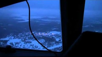 Cockpit Transavia B737-800 landing op Rovaniemi Finland