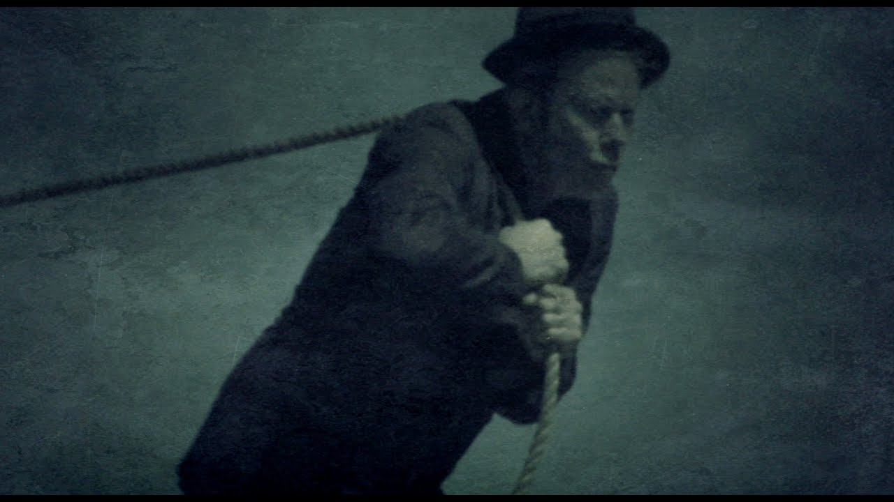 "Tom Waits - ""Hell Broke Luce"""