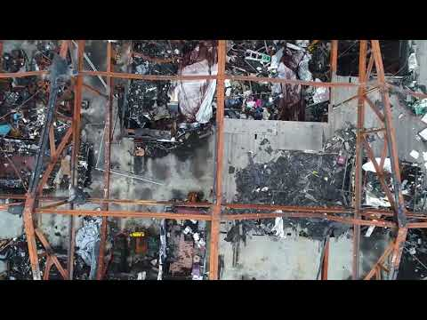 Drone footage over the Ghost Ship warehouse in Oakland