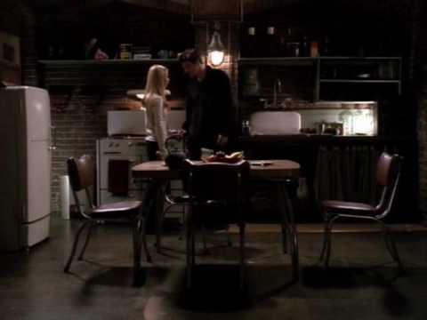 Buffy /Angel:  Hot Kiss!!!