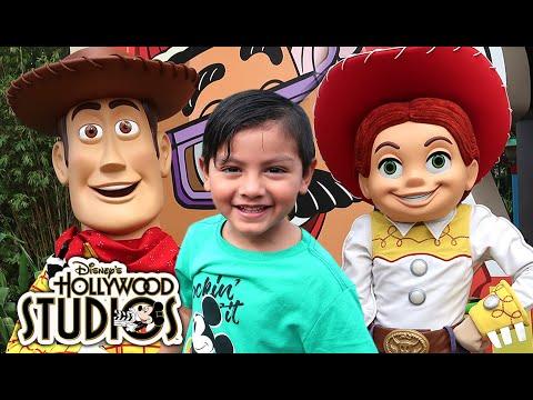 Vacaciones en Disney | Toy Story Land | Family Juega