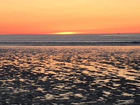 ogunquit-beach-sunrise-and-beautiful-ogunquit-river