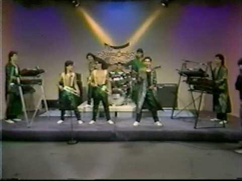 La Sombra De Tony Guerrero - Como No Te He De Querer - Live - Intocable - The Johnny Canales Show from YouTube · Duration:  3 minutes 55 seconds