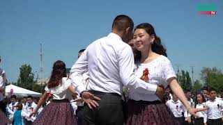 В Бишкеке прошёл флешмоб Вальс Победы