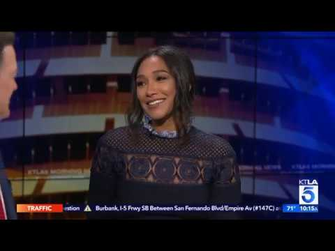 """Candice Patton Breaks Down What's Going on in """"The Flash"""""""