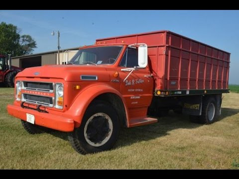 1972 chevy c60 grain truck with 14,046 miles sold on illinois farm1972 chevy c60 grain truck with 14,046 miles sold on illinois farm auction