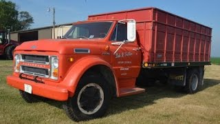 1972 Chevy C60 Grain Truck with 14,046 Miles Sold on Illinois Farm Auction