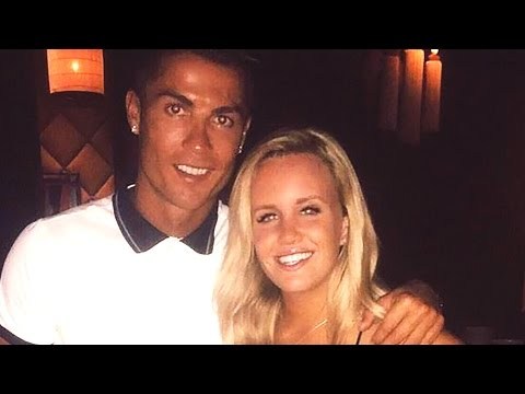 Cristiano Ronaldo Personally Returns Woman's Lost Phone, Takes Her to Dinner
