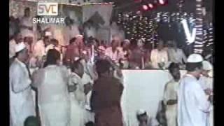 Nusrat Fateh Ali Khan - Sahib Teri Bandi Haan Mandi Haan Ke Changi Haan