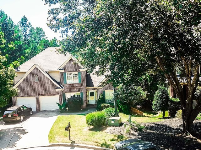 MOTIVATED SELLER!!! Perfect location! Plenty of space!