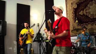 Heads Hang Heavy - Strong Brew (Live at Soundhouse Studios 04/22/12)