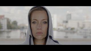 Canon EOS C200 Skintones, Cinema RAW Light 60p, Dual Pixel AF