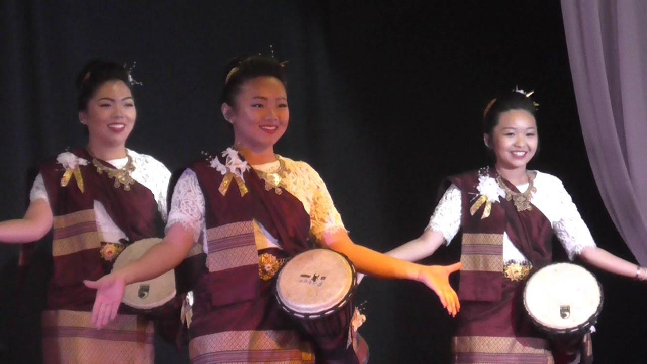 Fresno Hmong International New Year 2012 Singing ... |Fresno International Hmong New Year