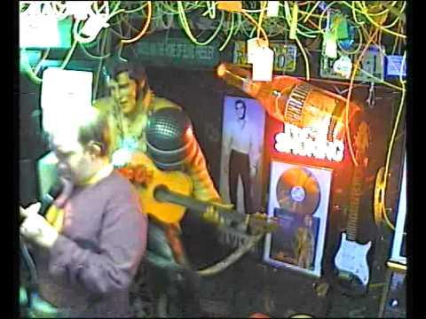 Imanuel singt  Aber bitte mit sahne im Karaoke Fun Pub Stuttgart http://www.funpub.de