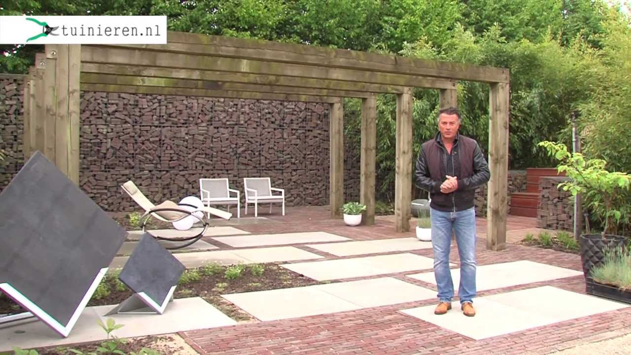 Genoeg Minimalistische strakke tuin aanleggen - Tuinieren.nl - YouTube &QB27