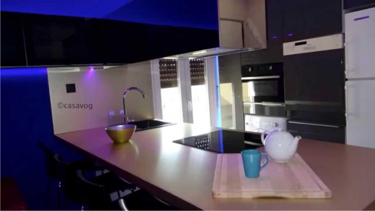 casavog r novation d 39 un appartement nice youtube. Black Bedroom Furniture Sets. Home Design Ideas