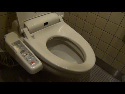 惊奇日本:廁所裡傳來的神秘的聲音【ビックリ日本:トイレから謎の音】