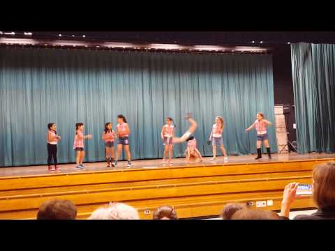 2nd grade girls 2015 Park Ave School Talent Show