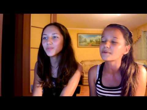 девушка поет под гитару клип