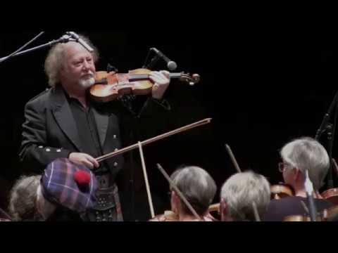 San Francisco Scottish Fiddlers directed by Alasdair Fraser