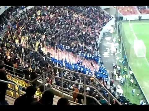 "Tot stadionul striga ""Mitica la puscarie"", jandarmii intra in forta in peluza"