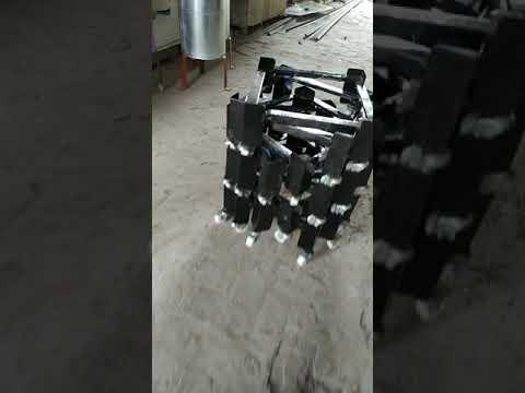 Adjustable cooler stands