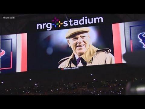 Texans and fans honor Bob McNair at Monday Night Football game