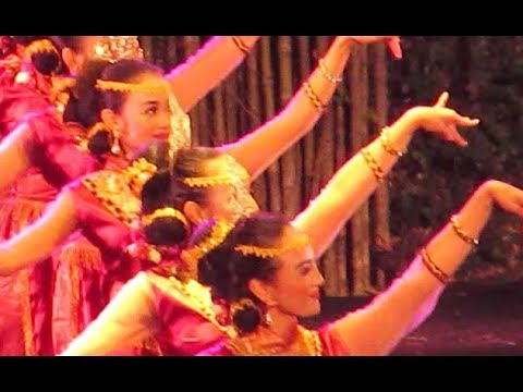 Tari BEDANA - Tarian Tradisional Lampung Sebatin Pepadun HIPMALAM [HD]