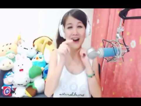 Xinh Taiwan girl sings Pulcino Pio in Chinese