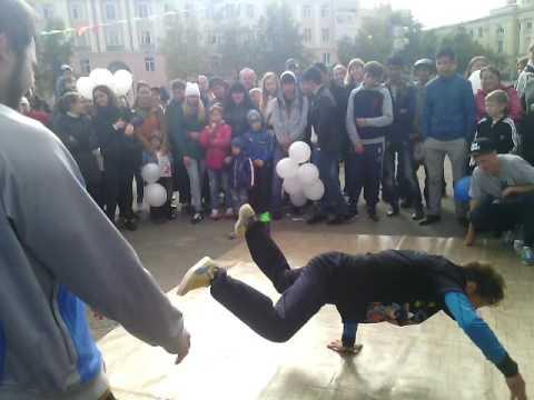 Битва по брейк-дансу площадь Ленина Йошар-Ола