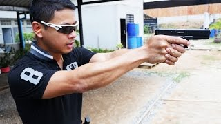 Shooting guns with THAI POLICE!!!