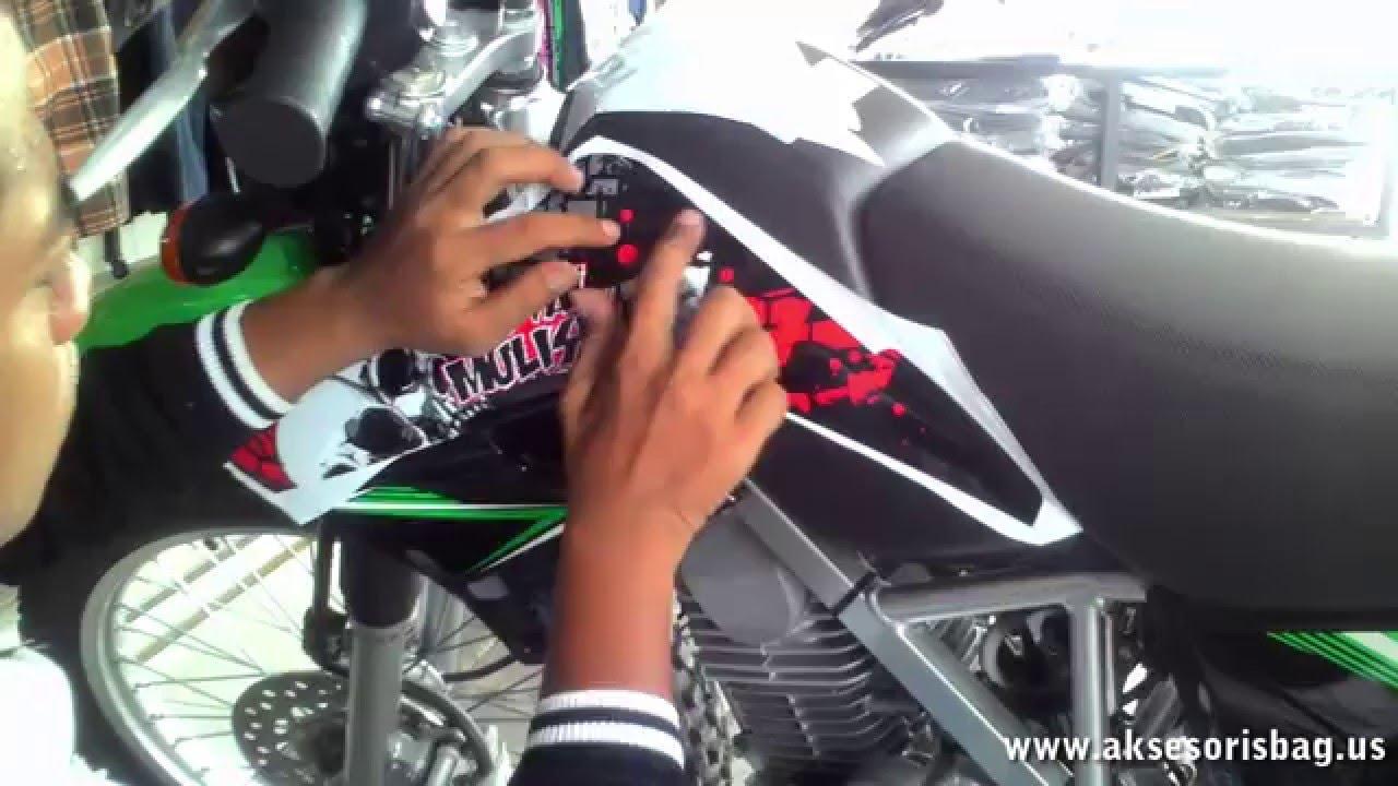 Tutorial tips memasang striping motor kawasaki klx 150 variasi ala profesional youtube