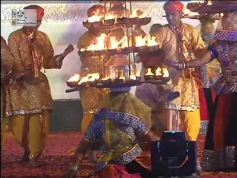 Chad Aayo Rasiya ## चढ़ आयो रसिया ## Charkula Vrindavan Bhajan Nritya