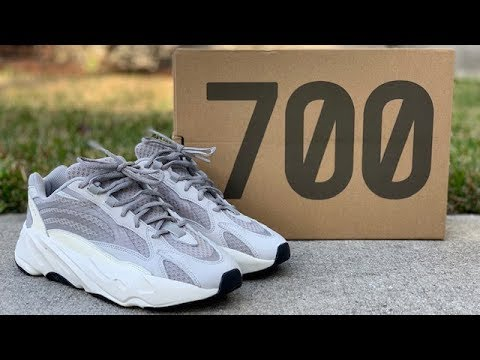 "new style f4463 7fa68 adidas Yeezy 700 BOOST V2 ""Static"" review"