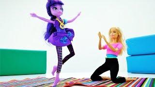 Школа гимнастики Барби - Твайлайт Спаркл в видео для девочек
