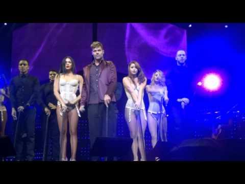 Ver Video de Ricky Martin 15.  Adios - Ricky Martin (Orlando #OWT 2015)