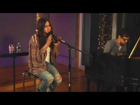 """Carly Rose Sonenclar sings """"Video Games"""" by Lana Del Rey LIVE on StageIt"""