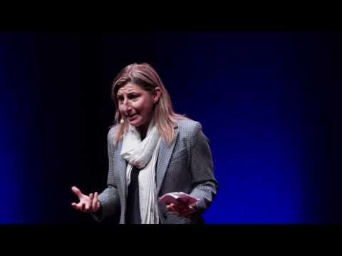 TRECENTOMILA NUOVI LAMPEDUSANI | Giusi Nicolini | TEDxCNR