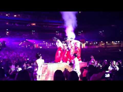 Priyanka Chopra Performs To All Of Asha Bhosle Great Hits (Masala Radio)