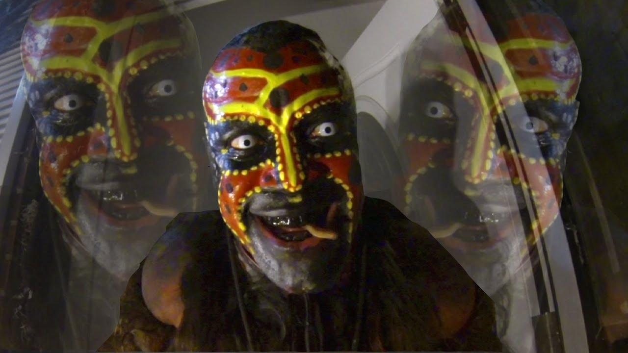 The Boogeyman Terrifies Trick Or Treaters Im Comin To Getcha