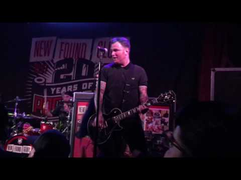 """""""truck-stop-blues""""-""""sucker""""--new-found-glory-20-years-of-pop-punk-live-at-the-troubadour-4/29/2017"""