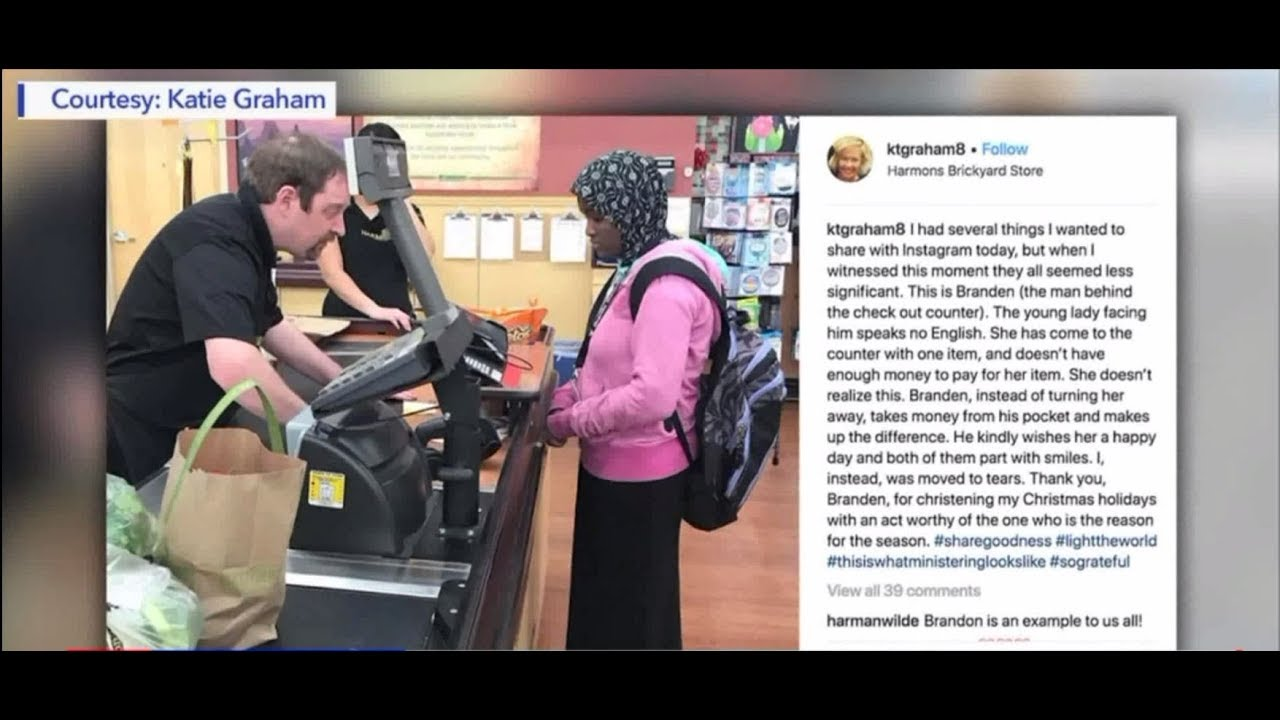 Download Cashier caught doing a good deed when he thought no one was watching