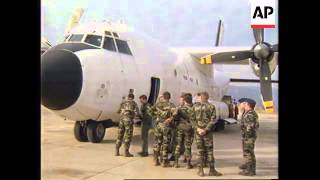 BOSNIA: MOSTAR: FIRST FLIGHT IN 3 YEARS LANDS AT AIRPORT