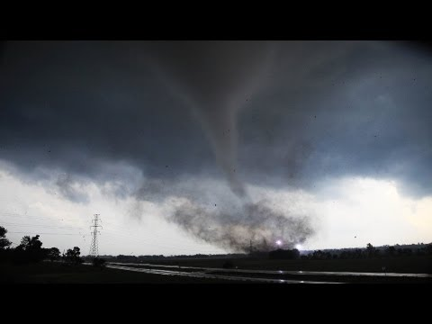 Chickasha Tornado, Oklahoma - UNCUT - Wall Cloud to Wedge in 13 minutes May 24th 2011