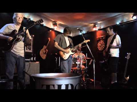 Roots Woman, Corey Harris ; BBQ Blues Jam, Music City SmokeHouse, 62412